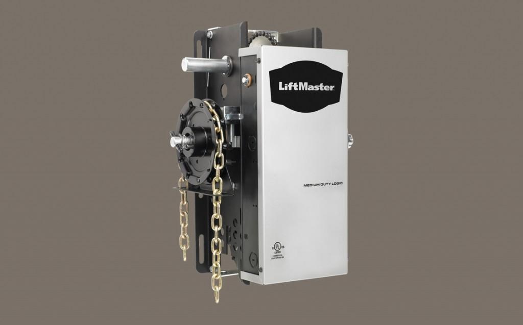 Medium-Duty Hoist Operator